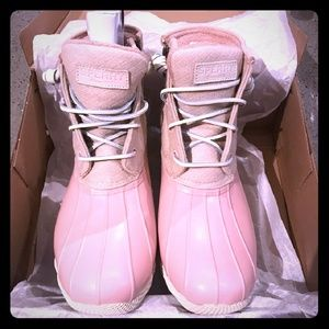 SPERRY saltwater PINK duck boots!